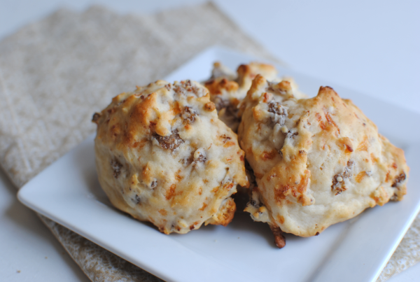 Sausage Cheese Biscuits 2 Easy Sausage and Cheese Biscuits