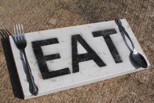 DIY Eat Sign 9 DIY Wooden Eat Sign