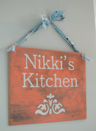 Graphic Kitchen Sign DIY Dollar Store Graphic Sign
