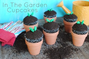 In The Garden Cupcakes 2 300x201 Summer is a Piece of Cake!